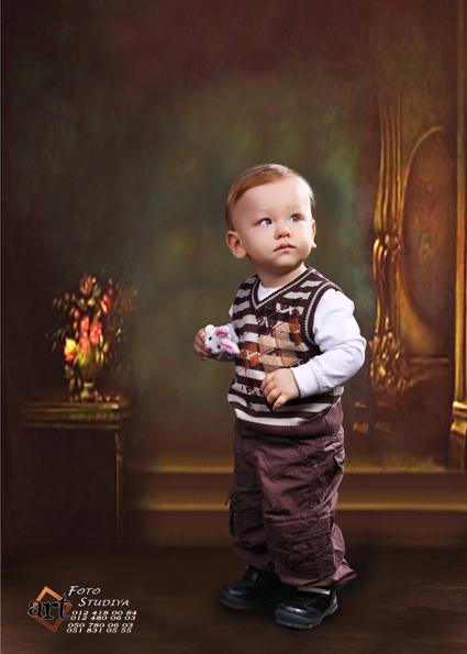 Uşaq fotosessiyasi