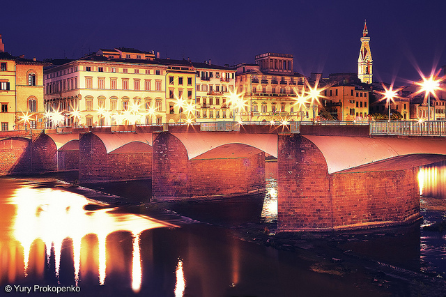 Italy, Florence, Ponte alle Grazie