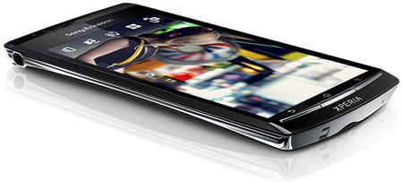 Sony Ericsson Xperia arc with Android 2.3 Gingerbread confirmed