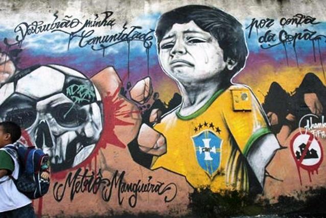 Durante la \u0026quot;preparación\u0026quot; del Mundial se desalojaron y destruyeron muchas favelas, barrios periféricos pobres, zonas en los alrededores de estadios sedes del