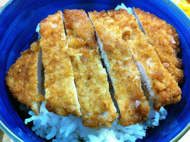 ... of a Weekend Cook: Tonkatsu (Japanese Deep Fried Pork Cutlet