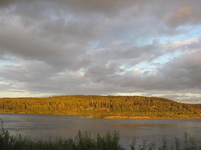 Вечер на реке Томь.
