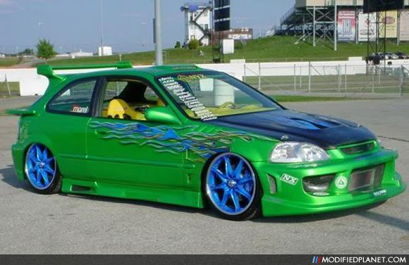 Les voitures auto tuning diff rents types de peinture for Different type de peinture