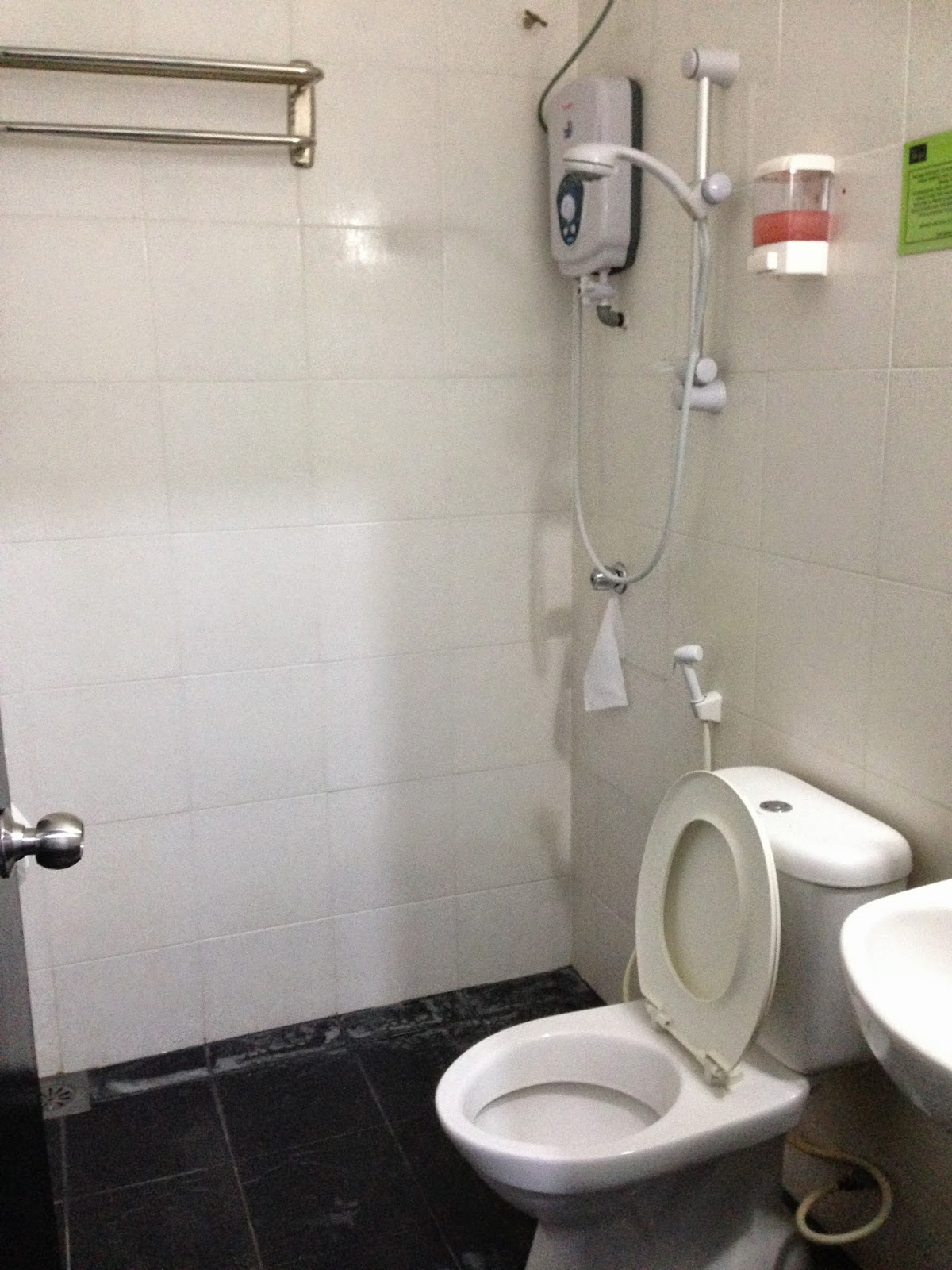 Shower room in executive room Ridel Hotel