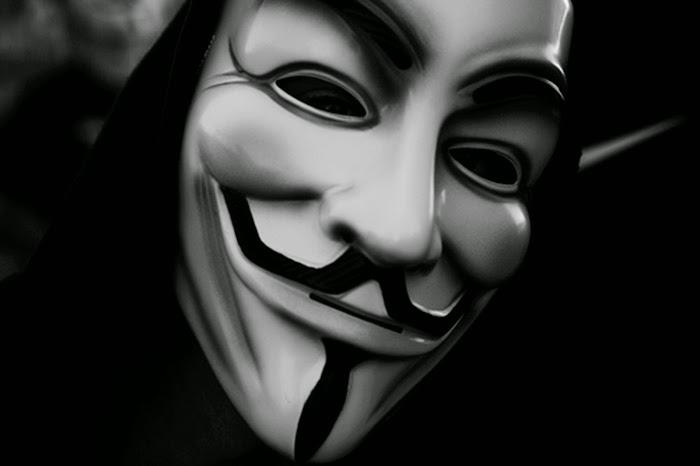 أنونيموس تتوعد بنقل هجماتها إلى مواقع التواصل الاجتماعي (فيديو)