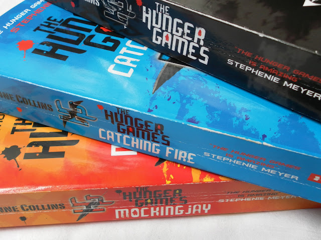 A picture of The Hunger Games book trilogy