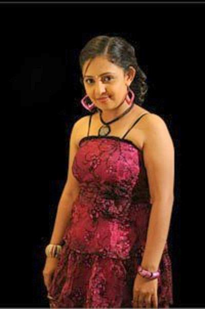 Aswathy Kumkumapoovu Serial Actress Photo Gallery UnseenKumkumapoovu Aswathy