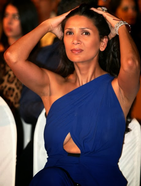 bollywood actresses most embarrassing wardrobe
