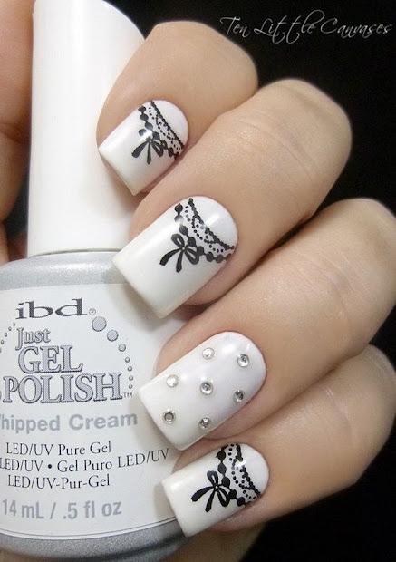 creative nail art ideas in black