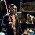 Veja a primeira imagem oficial de Stephen Amell como Casey Jones