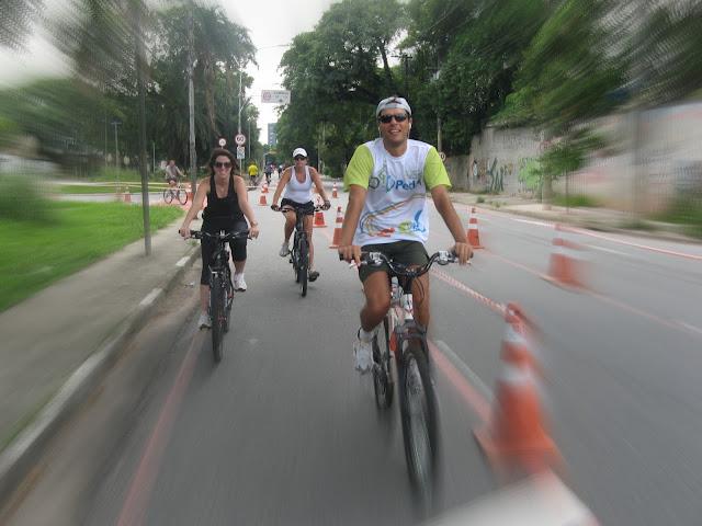 Pedal - Passeios na ciclofaixa