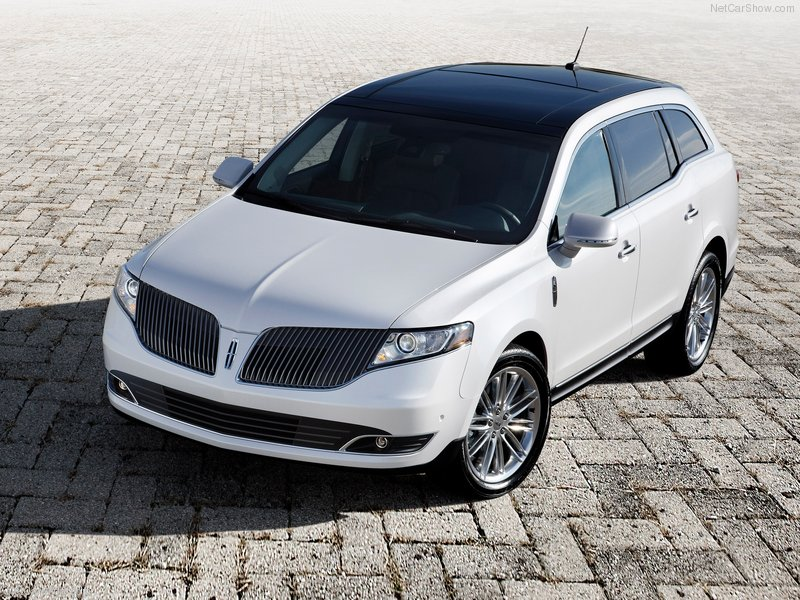 2013 Lincoln MKT Crossover