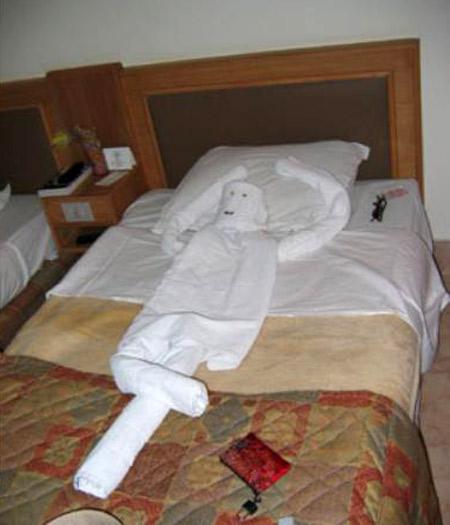 Figuras con toallas para hoteles imagui for Adornos con toallas