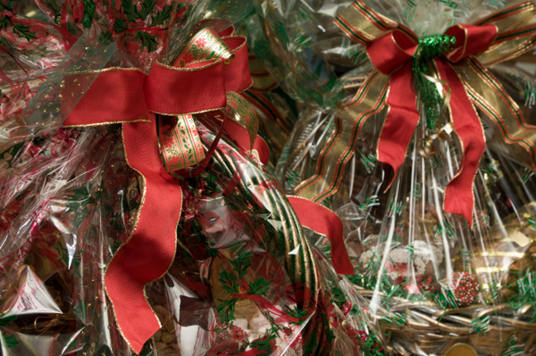 Promotional gifts christmas gift baskets and buy gift for Homemade baking gifts for christmas