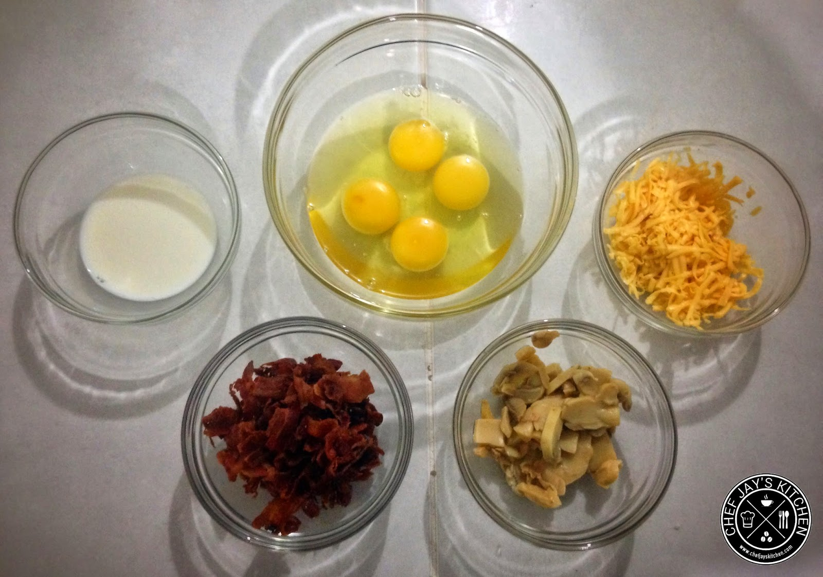 Bacon, Cheese, and Mushroom Scrambled Eggs Recipe Ingredients