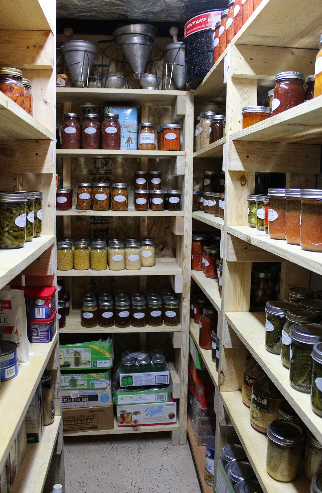 how to make shelves for canning jars