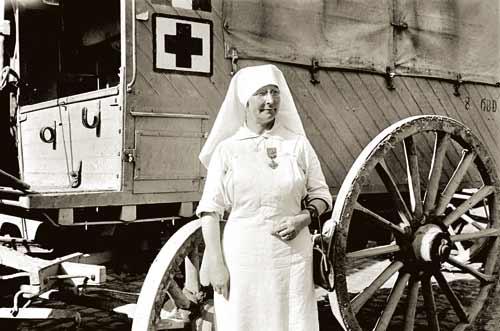 MD ☞☆☆☆ Infirmière et ambulance. Première guerre mondiale