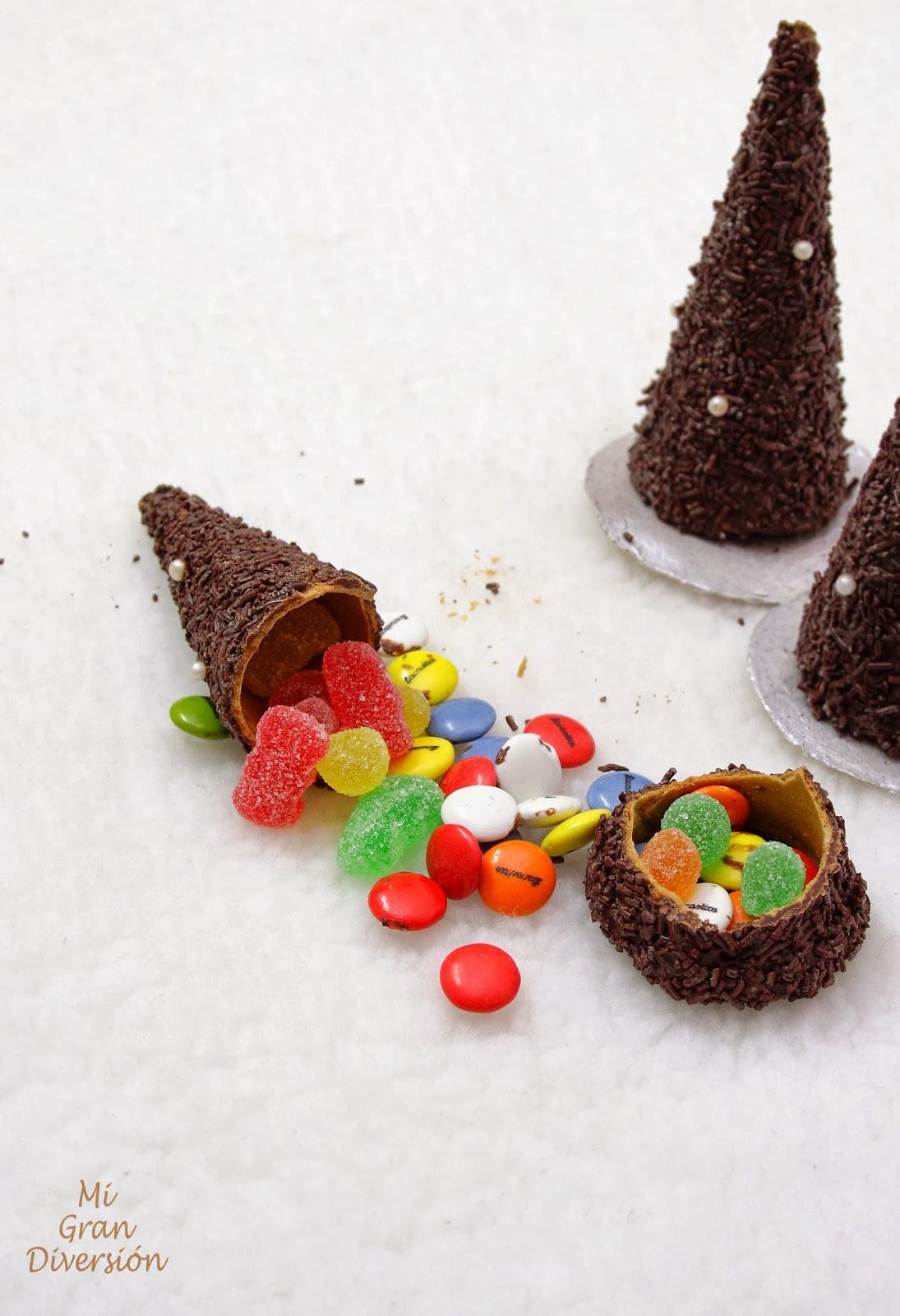 Arbol de navidad de chocolate rellenos de sorpresas - Sorpresas para navidad ...