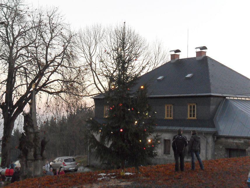 Advent na Krásné 27. listopadu 2011 - rozsvícení vánočního stromku