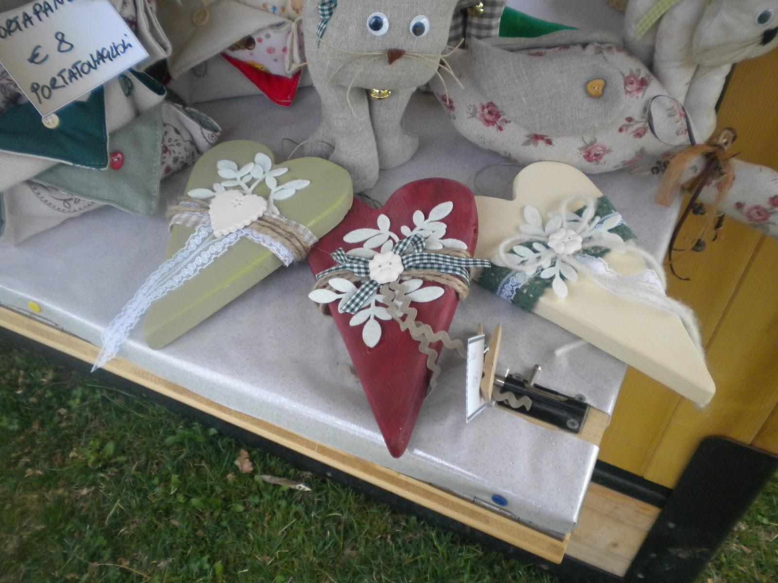 Assi Di Legno Decorate : La magia nelle mani .: cuori in legno decorati!