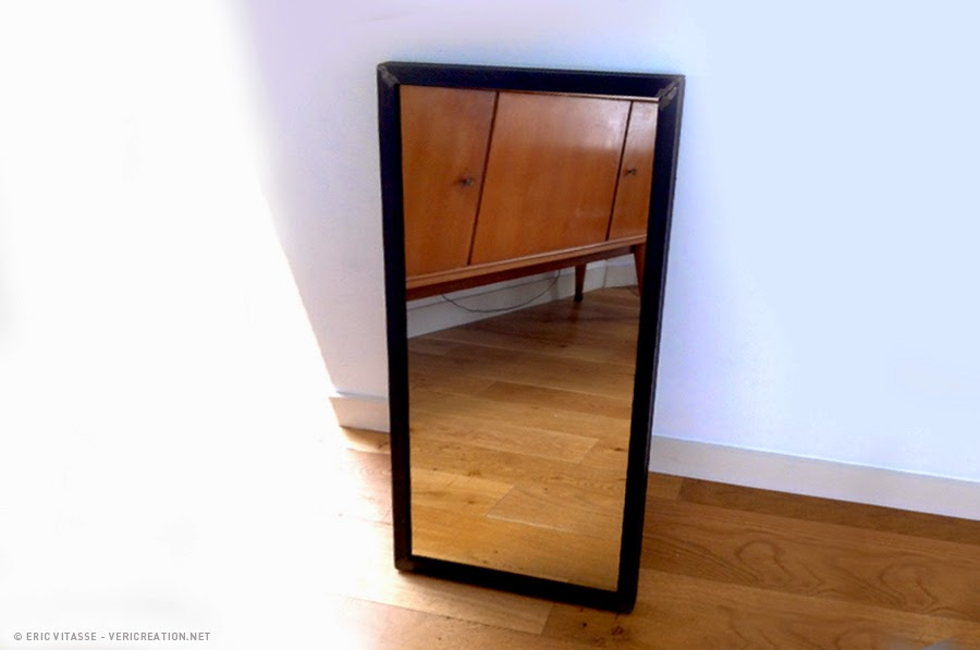 miroir cadre acier. Black Bedroom Furniture Sets. Home Design Ideas
