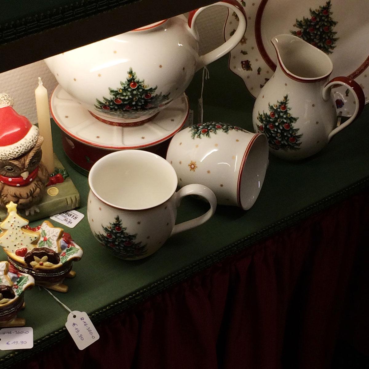 Посуда с рождественской тематикой