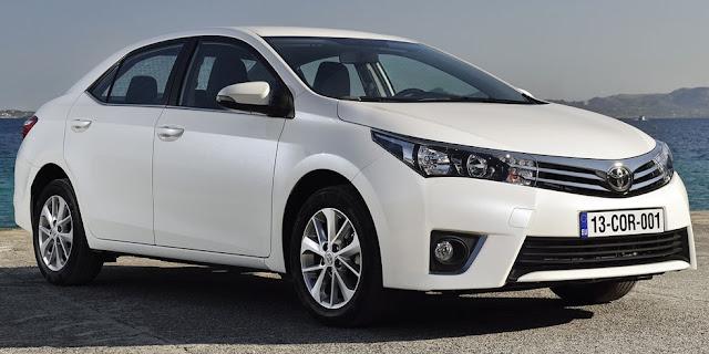 Самая продаваемая машина 2015 год Тойота Корола