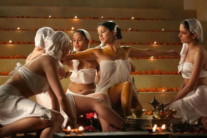 Sunny leone's ek paheli leela movie hot images