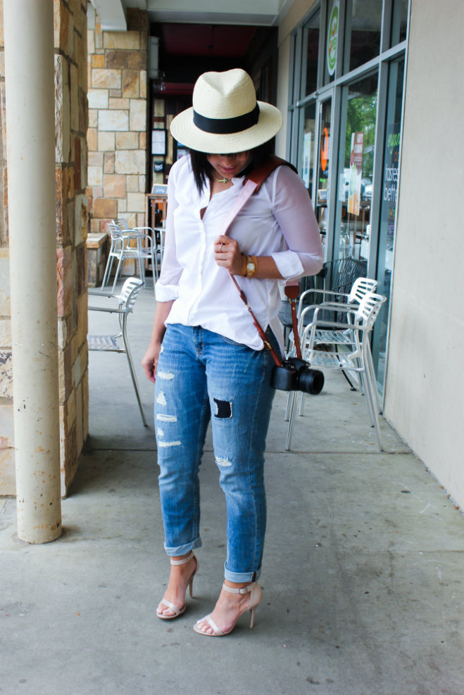 Fotostrap, camera accessories, casual look, weekend casual, boyfriend jeans