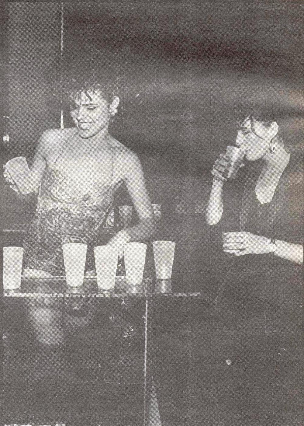 E O M S Blixa Bargeld Pandora S Music Box Rotterdam October 1985  # Muebles Rotterdam