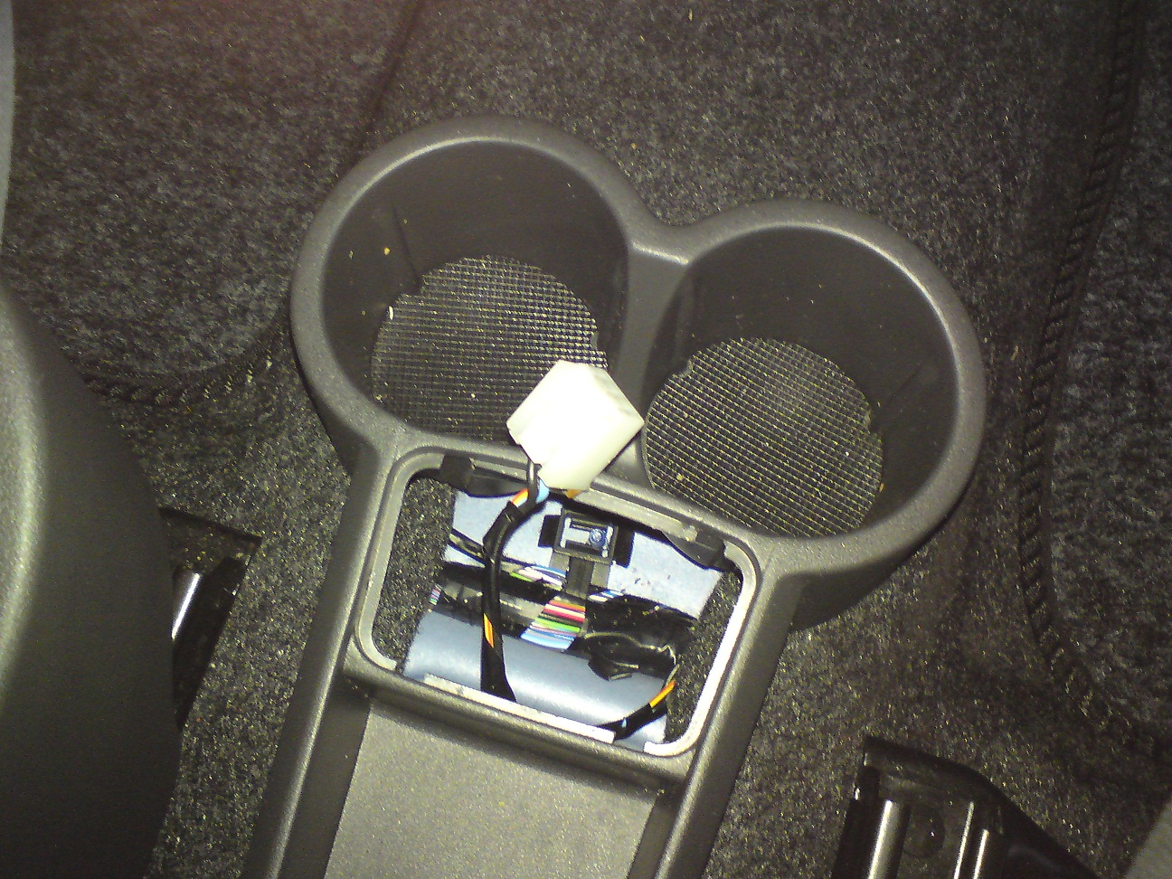 12v+02 the poorest company installing a 12v power socket in a fiat panda,Fiat Punto Fuse Box Cigarette Lighter