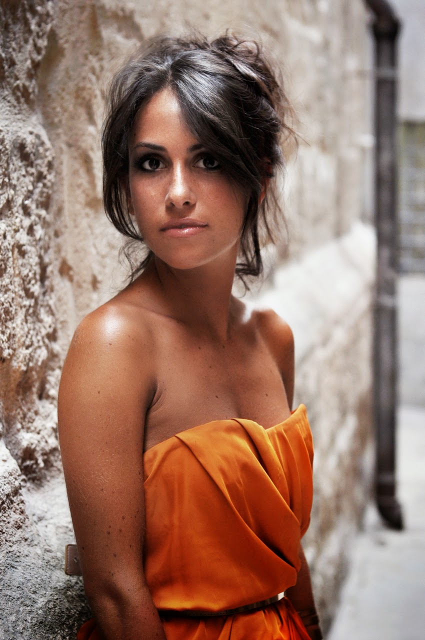 chic-etoile-francesca-castellano-closeup-portrait
