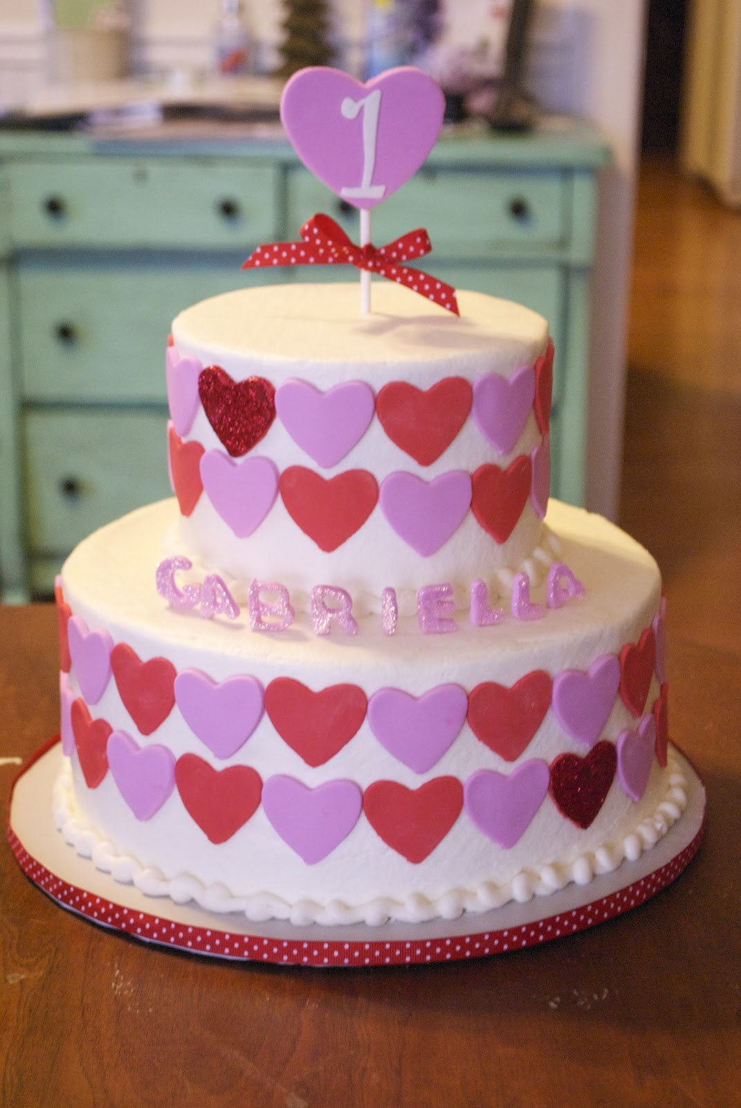 Birthday Cake Ideas Heart : Country Cupboard Cakes: Hearts 1st Birthday