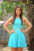 Raashi khanna at jil trailer launch-thumbnail-4