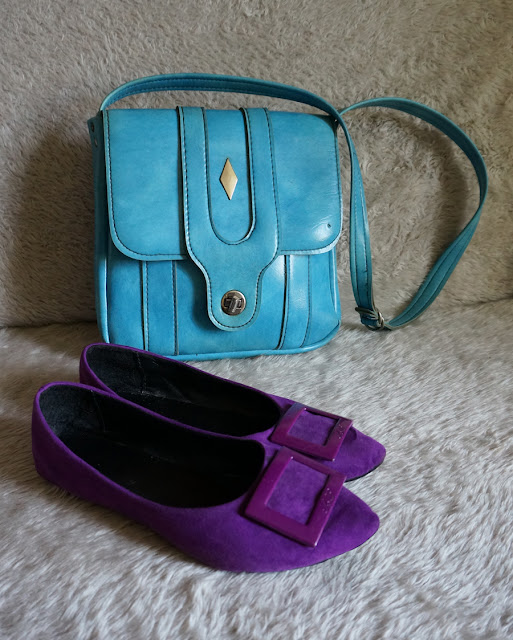 vintage psychedelic dress swirl purple green blue 1960 1970 60s 70s 1968 1969 suede buckle flat shoulder diamond bag