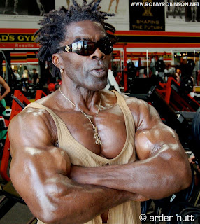 ROBBY ROBINSON - US VETERAN AND LEGENDARY BODYBUILDER