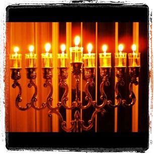 Quel lume alla finestra alla tua luce - Libro la luce alla finestra ...
