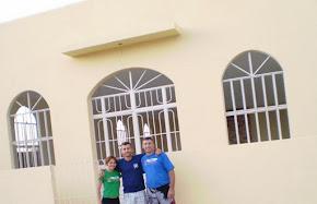 Ronaldo e Joana com o Davi, o 1º líder da congregação.