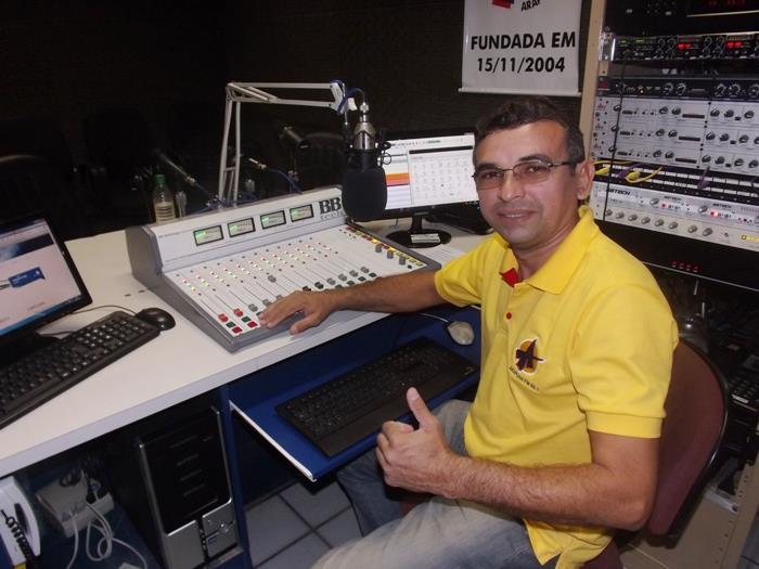 GRANDE  EDUARDO  DA ARAPUAM  FM   DE CAJAZEIRAS PB