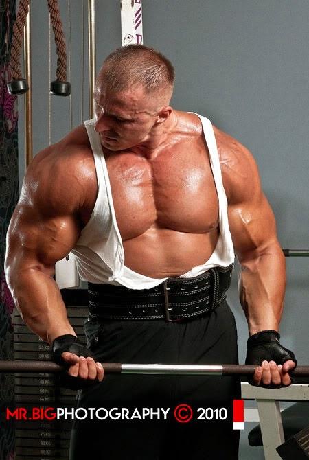 body-builders: European brutal muscles part 3