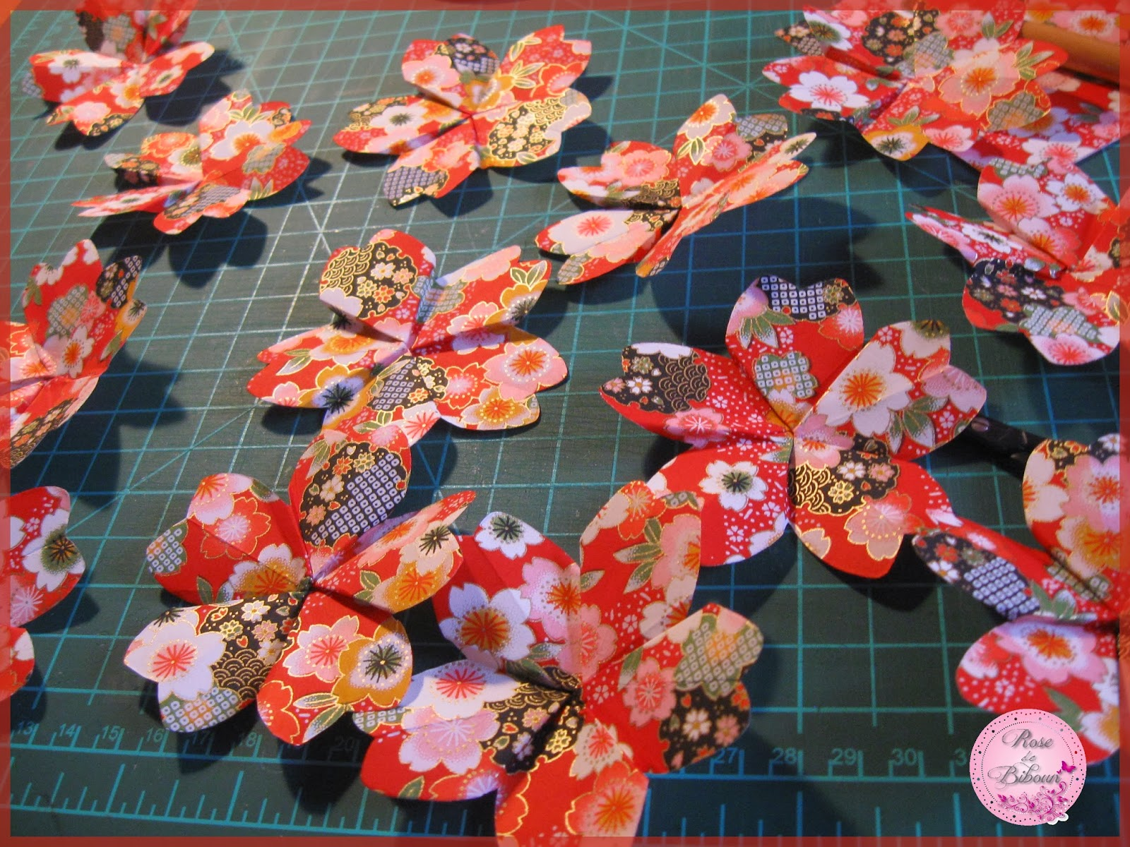 rose de biboun mariage et remerciements des fleurs de sakura en origami. Black Bedroom Furniture Sets. Home Design Ideas