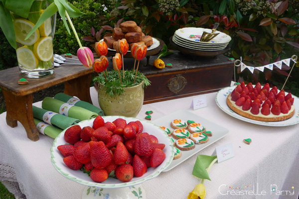CreastelleParty - Tulip Mother's day - sweet table