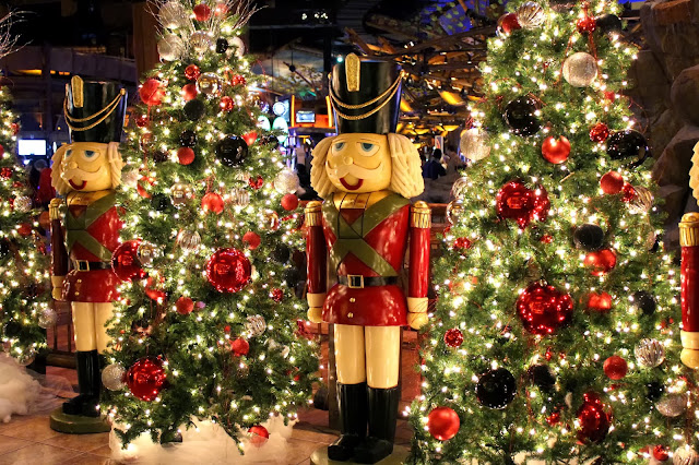 Mohegan Sun Christmas Tree