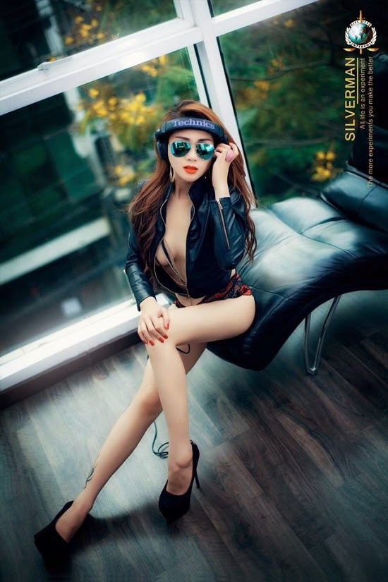 Ảnh gái xinh Việt khoe thân để nổi tiếng 12