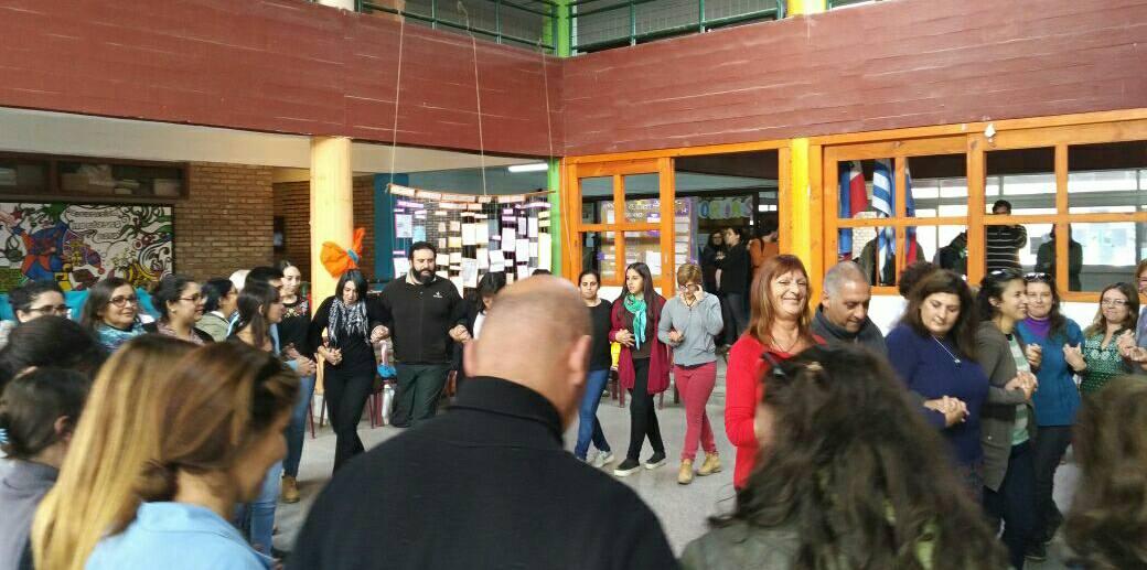 Danzas en el Liceo 1 de Barros Blancos