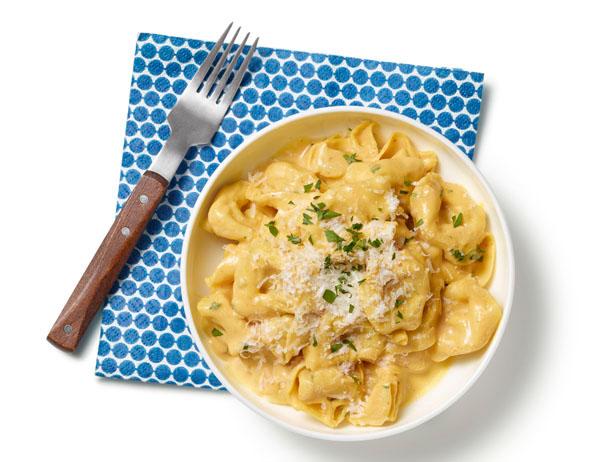 The Supreme Plate: ROTD: Tortellini & Pumpkin Alfredo Sauce