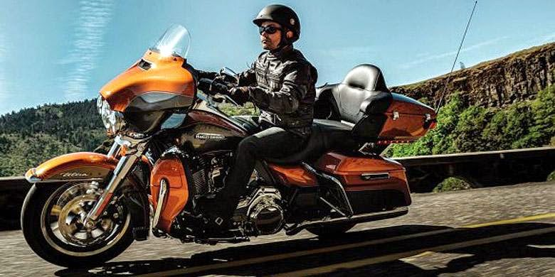 """Harley-Davidson Versi """"Touring"""""""