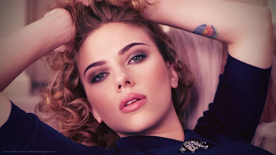 Scarlett Johansson Tattoos in Hand