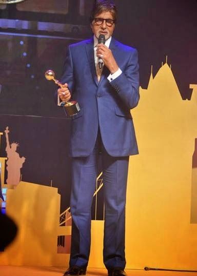 Amitabh Bachchan graces NRI Of The Year Awards