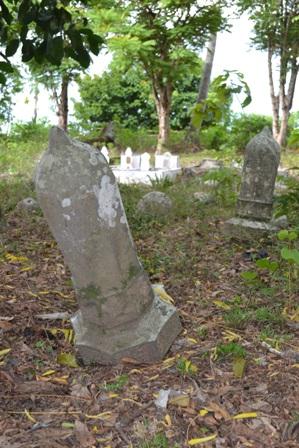 Berharap Pemkab Pidie Peduli Situs Budaya, MAPESA Bersihkan Makam Syaikh 'Abdur Rahim bin Shalih Al-Madaniy .